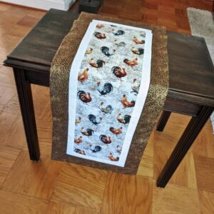 Supreme Accents Roosters Table Runner