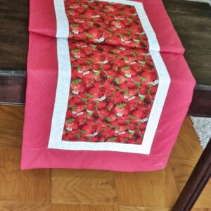 Supreme Accents Strawberry Patch Red 51 inch Table Runner