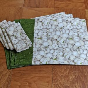Supreme Accents Garlic Green Place mat & Napkin Set of 4