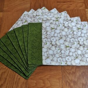 Supreme AccentsGarlic Green Place mat Set of 8