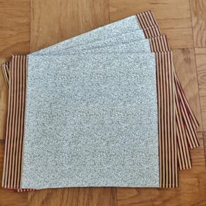 Supreme Accents Burgundy and Gold Place mat Set of 4