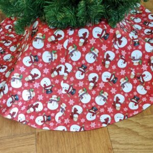 Supreme Accents Dancing Snowman Tree Skirt