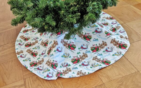 Supreme Accents Santas Bounty Tree Skirt 46 inches