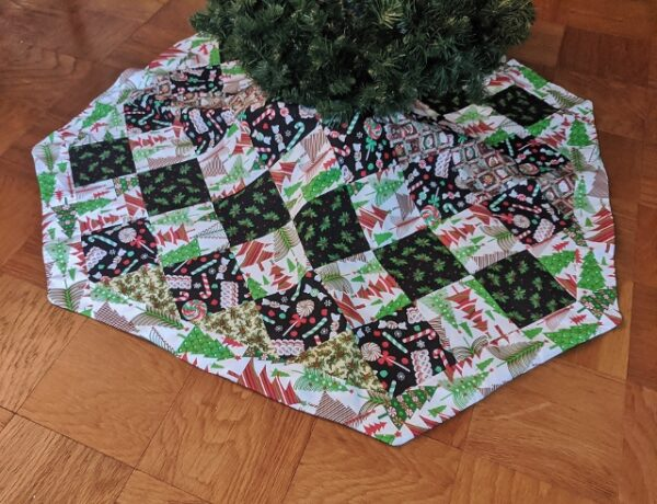 Supreme Accents Patchwork Tree Skirt Light